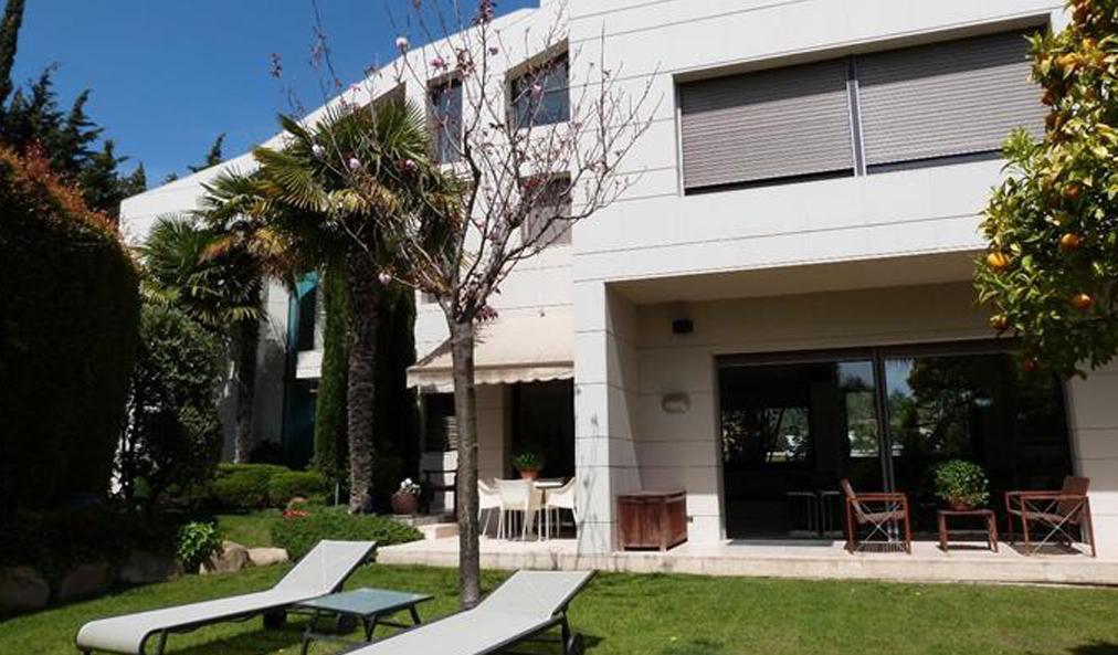 Exclusiva villa en venta en el centro de Alella