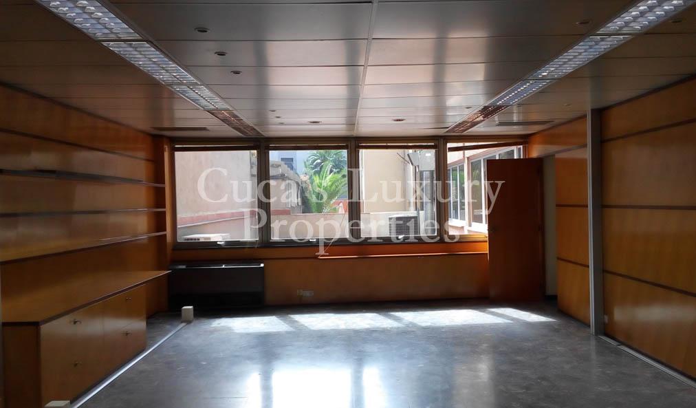 Oficina en alquiler en san gervasio barcelona cuca 39 s for Banco pastor oficinas barcelona